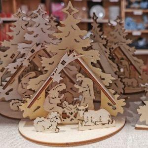 Sei im Trend mit nachhaltiger Weihnachtsdeko aus Holz von Søstrene Grene