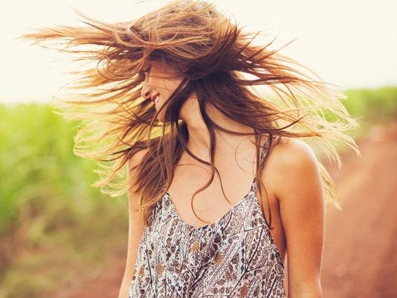 Mini guida alla cura dei capelli in vacanza.