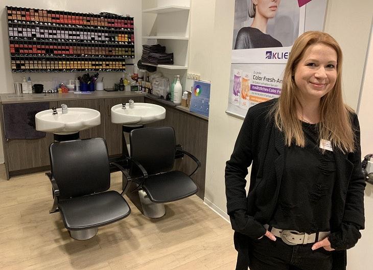 Der HOFGARTEN SOLINGEN stellt mit Friseur Klier, unserem Friseur Solingen, schnelle und einfache Frisuren vor.