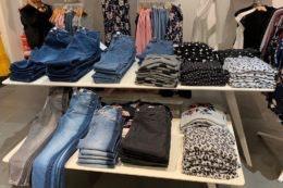 Jeans & Sweatshirts – die Top 10 Mode-Basics aus dem HOFGARTEN SOLINGEN