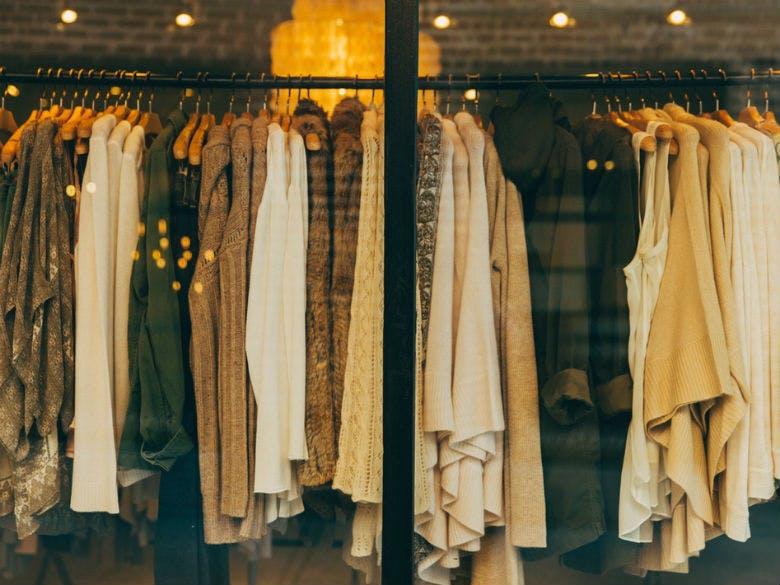 10 peças de roupa que precisa de comprar para a próxima primavera ... 9b14e9226c9