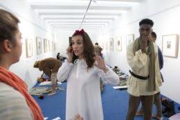 A galeria da exposição, minutos antes do arranque da peça