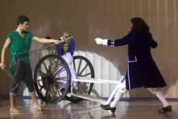 O grande duelo entre Peter Pan e o Capitão Gancho