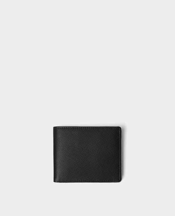 Carteira Preta Pele, 19,95€, na Zara