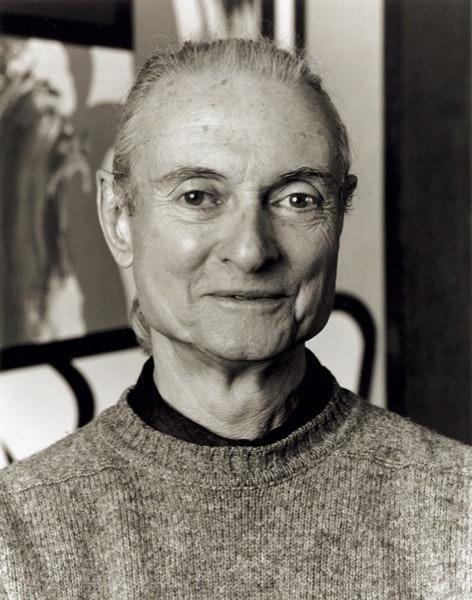 Num retrato oficial, em 1994, da autoria do fotógrafo Robert McKeever. Três anos mais tarde morreria.