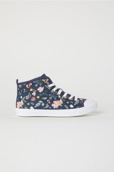 Sneakers, H&M, 17,99€