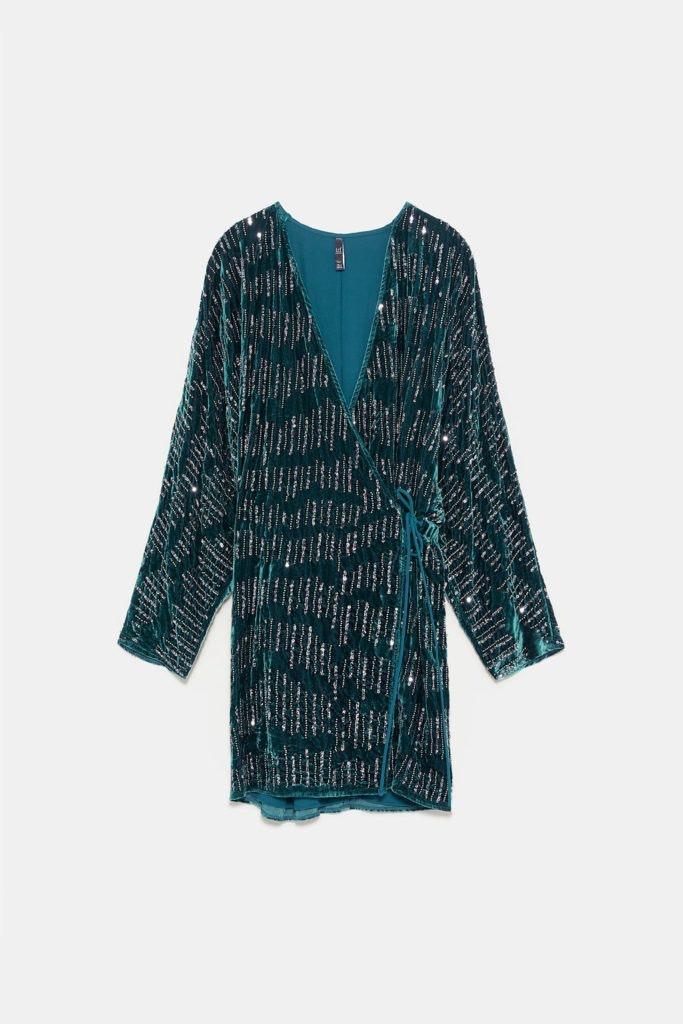 Vestido com lantejoulas verde, Zara, 59,95€