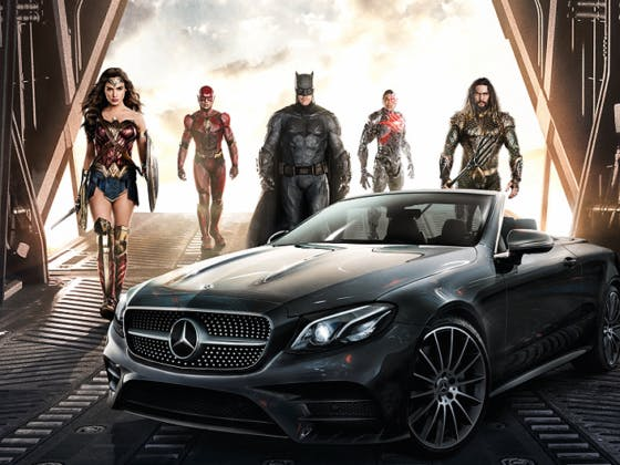 Liga da Justiça ao volante da Mercedes-Benz