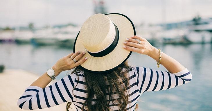 Sim, o chapéu está (mesmo) na moda