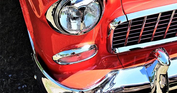 Carros e motas clássicos em exposição no nosso Centro!