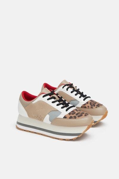 Sneakers Zara, 39,95€ | Uma forma trendy e confortável de tornar um conjunto mais urbano.