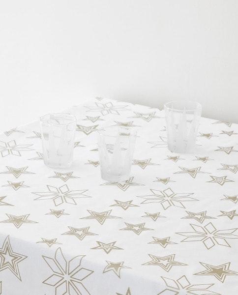 Toalha de mesa, Zara Home, 25,95€ - 35,95€