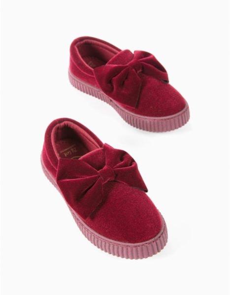 Sneakers de veludo, 17,9€