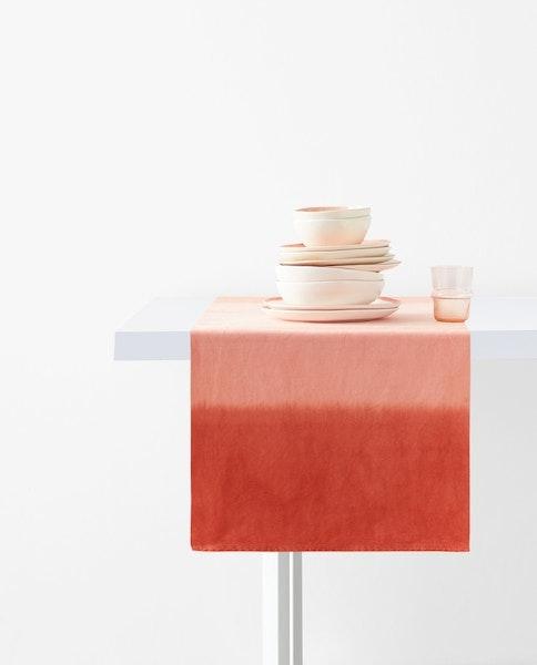 Caminho de mesa, Zara Home, 19,99€