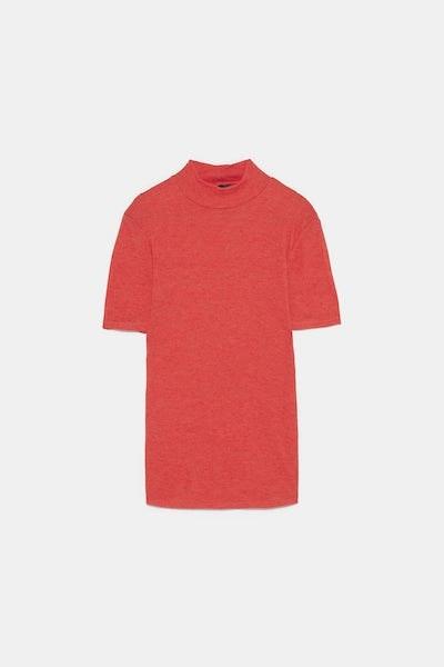 T-shirt gola subida, Zara, 15,99€