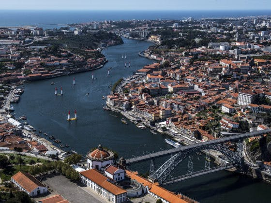 A Red Bull Air Race está de regresso ao Porto