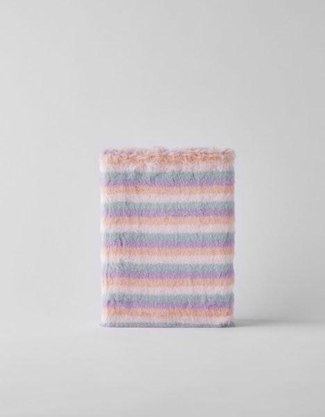 Caderno, Bershka, 12,99€