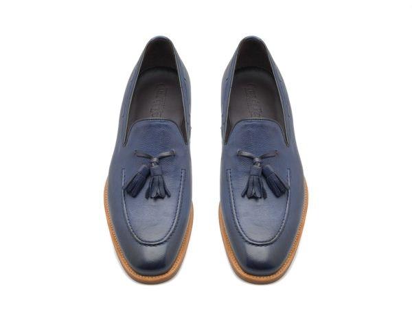 Sapatos clássicos, preço sob consulta