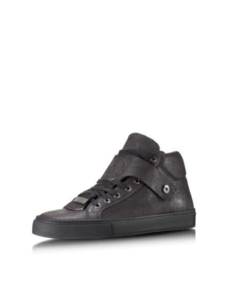 Sneakers, 350€