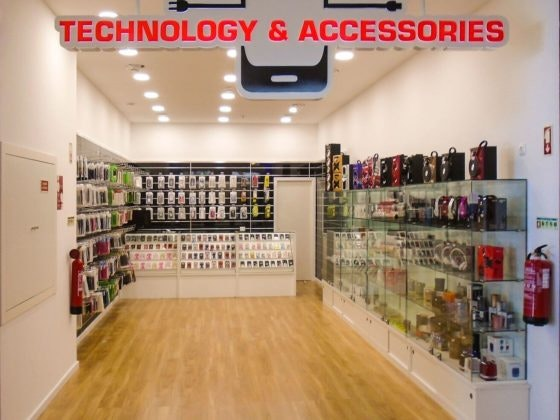 Abertura Technology & Accessories_