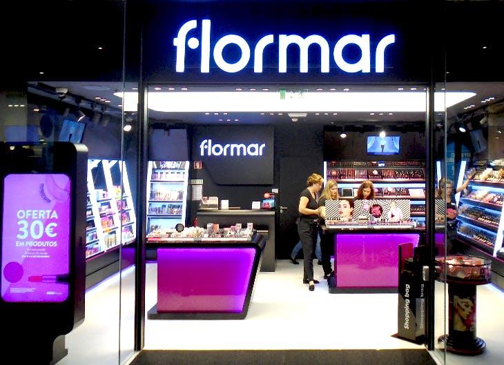 Abre a Flormar no seu centro.