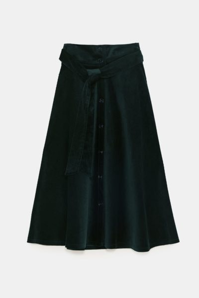 Saia midi com cinto, Zara, 39,95€