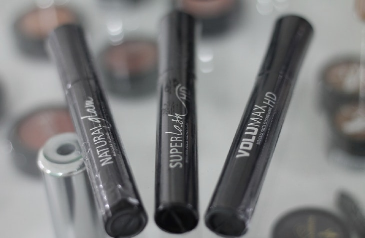 aplicar eyeliner