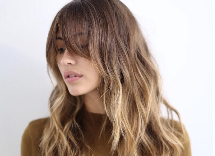 Los 3 mejores cortes de pelo largo con flequillo