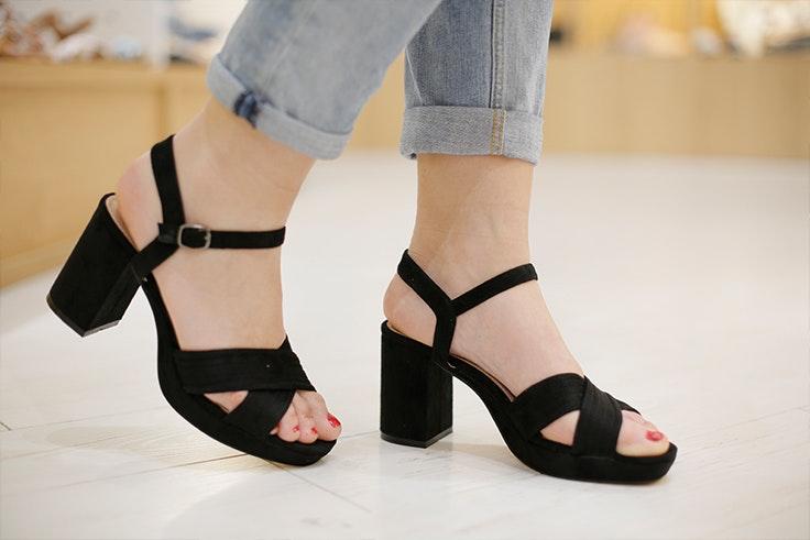 Sandalias de Causalis