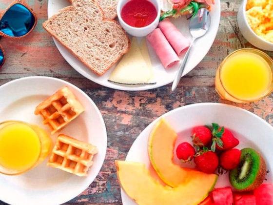 Recetas de snacks saludables para comer en verano