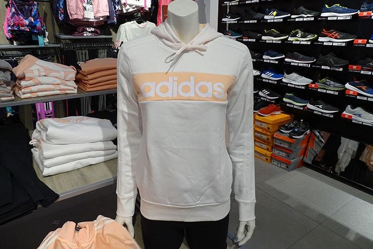 renueva tu ropa deportiva con los mejores descuentos