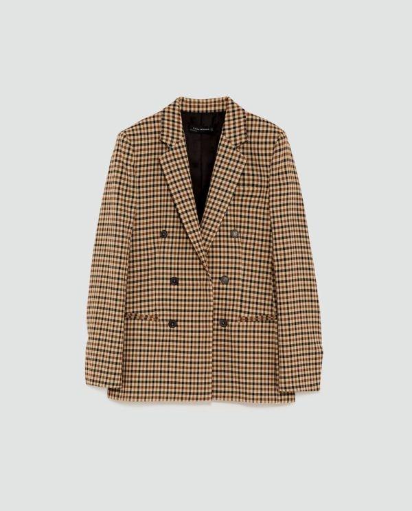 Blazer, Zara, antes a 79,95€ e agora a 19,99€