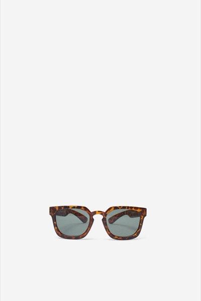 Óculos de sol Springfield, antes a 12,99€ e agora a 9,99€