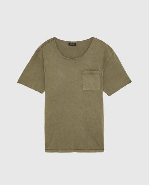 T-shirt Zara, antes a 9,95€ e agora a 5,99€