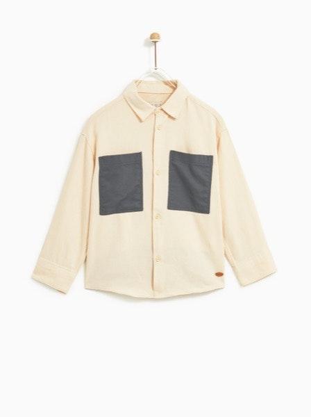 Camisa Zara, antes a 17,95€ e agora a 4,99€