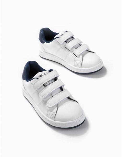 Sneakers Zippy, 14,99€