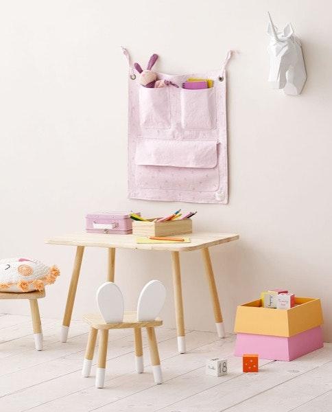 Little Wooden Table (49,99€) + Rabbit Ear Chair (25,99€), Zara Home
