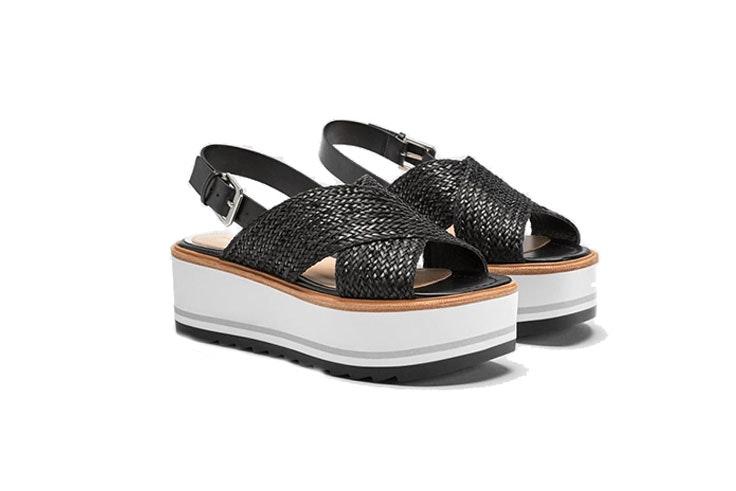 zapatos cuña Zara