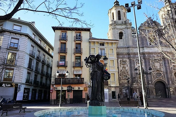 Plaza Justicia, Zaragoza, fiestas, Pilar