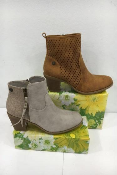 botines de ante gris y camel
