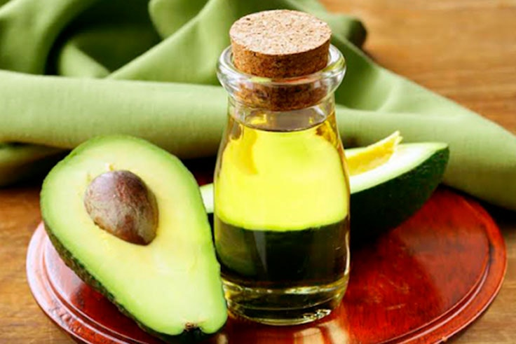 mascarilla de aceite de coco y aguacate