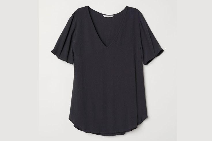 camiseta-manga-corta-negra-hm