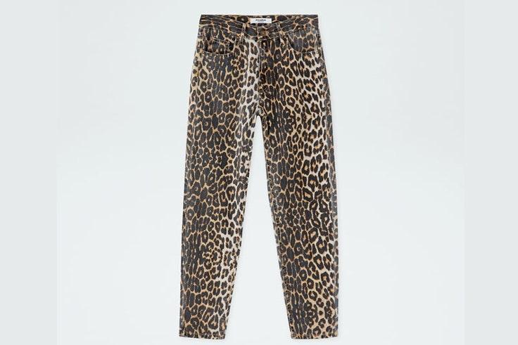 pantalon-vaquero-animal-print-estampado-leopardo-pull-and-bear