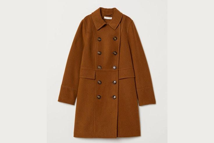 abrigo-largo-botones-maron-hm-1
