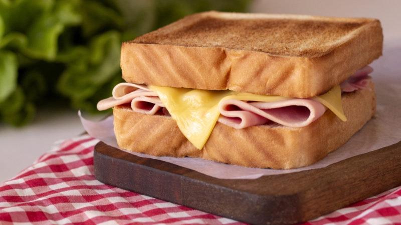 1200x1200-sandwich-bikini.jpg