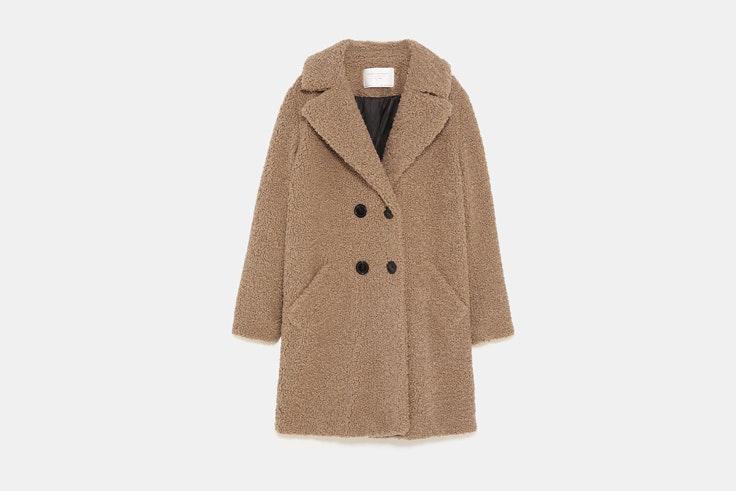abrigo-borreguillo-color-beige-zara-2