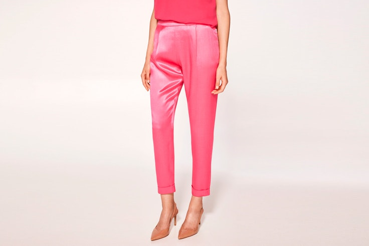 pantalon-rosa-saten-cortefiel