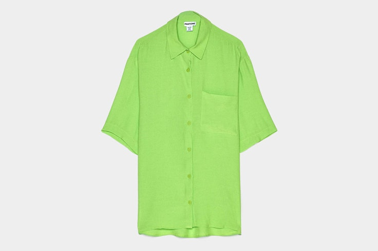 camiseta-color-verde-coleccion-pantone-primavera-bershka