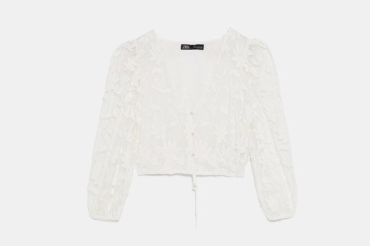 blusa-blanca-encaje-bordados-zara