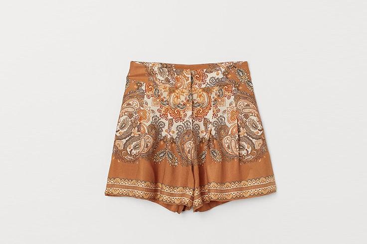 pantalones-cortos-con-estampado-marta-soriano